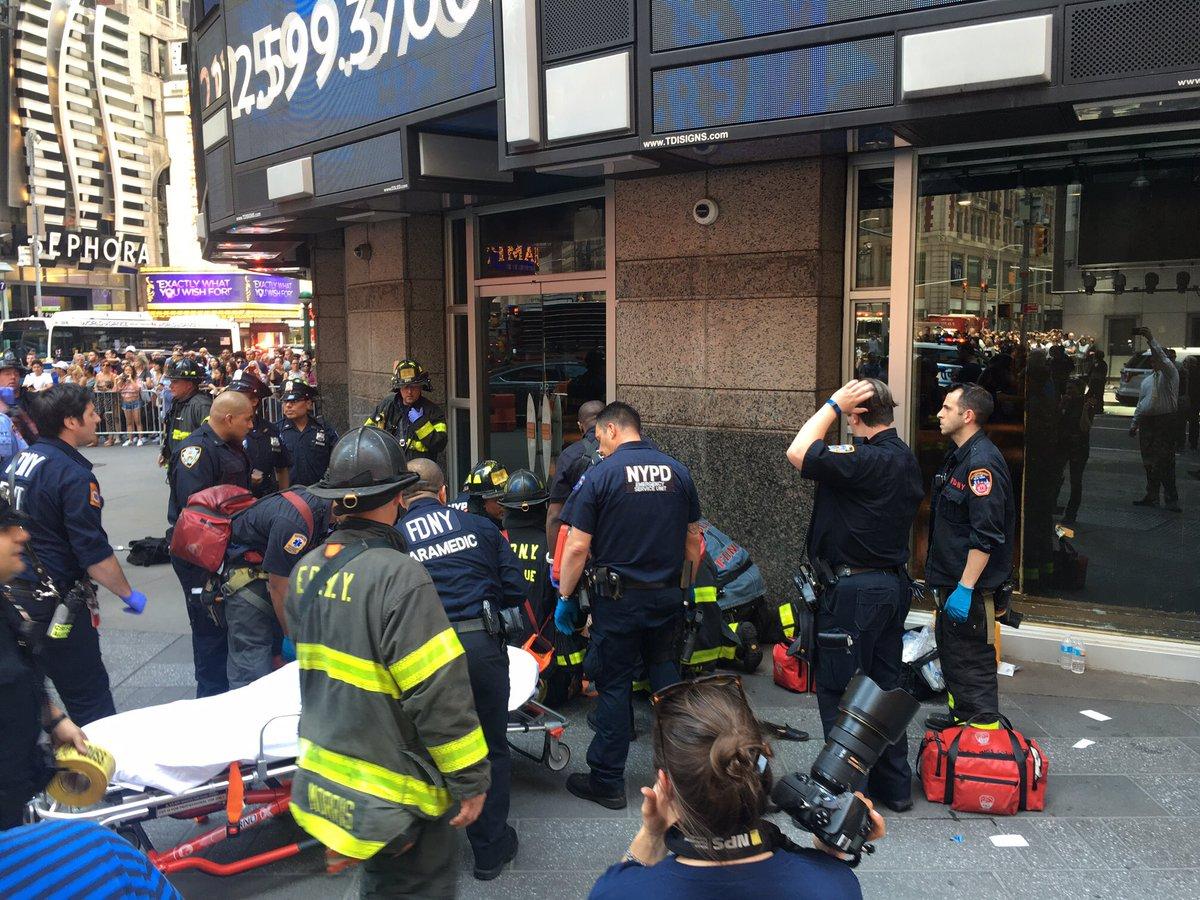 times square car crash  u0026 39 no indication u0026 39  of terrorism  new york mayor says  u2013 as it happened