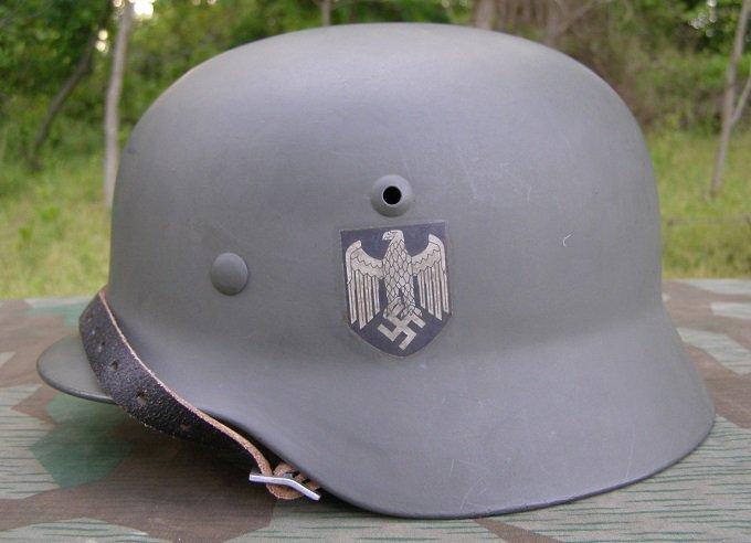 1944 Militaria