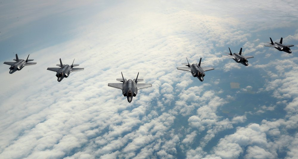 Lockheed To Debut First F-35A Aerial Demo At Paris, my latest @AviationWeek @LockheedMartin @salondubourget #F35 https://t.co/Rp3bUbegC1