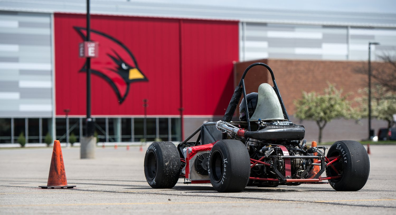 Cardinal Formula Race sped its way to another impressive performance last weekend at FSAE Michigan:https://t.co/zieQvIZqSM #WeCardinal https://t.co/HBH9SByPO9