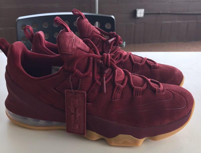 Nike is still releasing LeBron 13 Lows  https   t.co  0bb016b5e