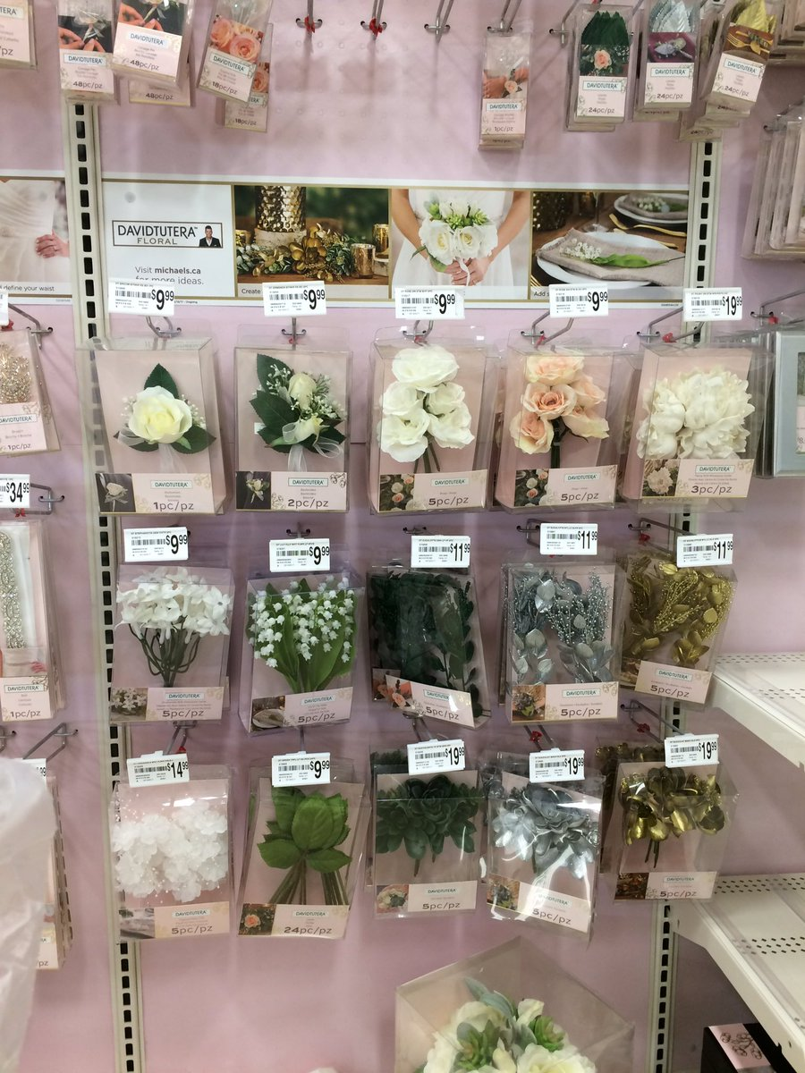 Lots of new Wedding Accessories at #Michaelscraftstore. It&#39;s all so pretty  <br>http://pic.twitter.com/NXxfU523X6