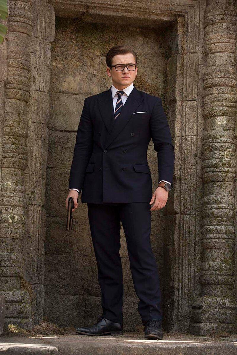 マナーが、 紳士を作る  紳士たるもの、スーツは欠かせないアイテムです。  #人は見た目が100パーセント