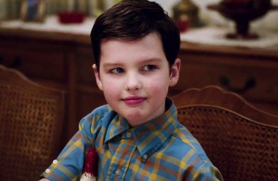"""O jovem Sheldon está ainda mais fofo no trailer do spin-off de """"The Big Bang Theory"""" https://t.co/R5YhzGz04L"""