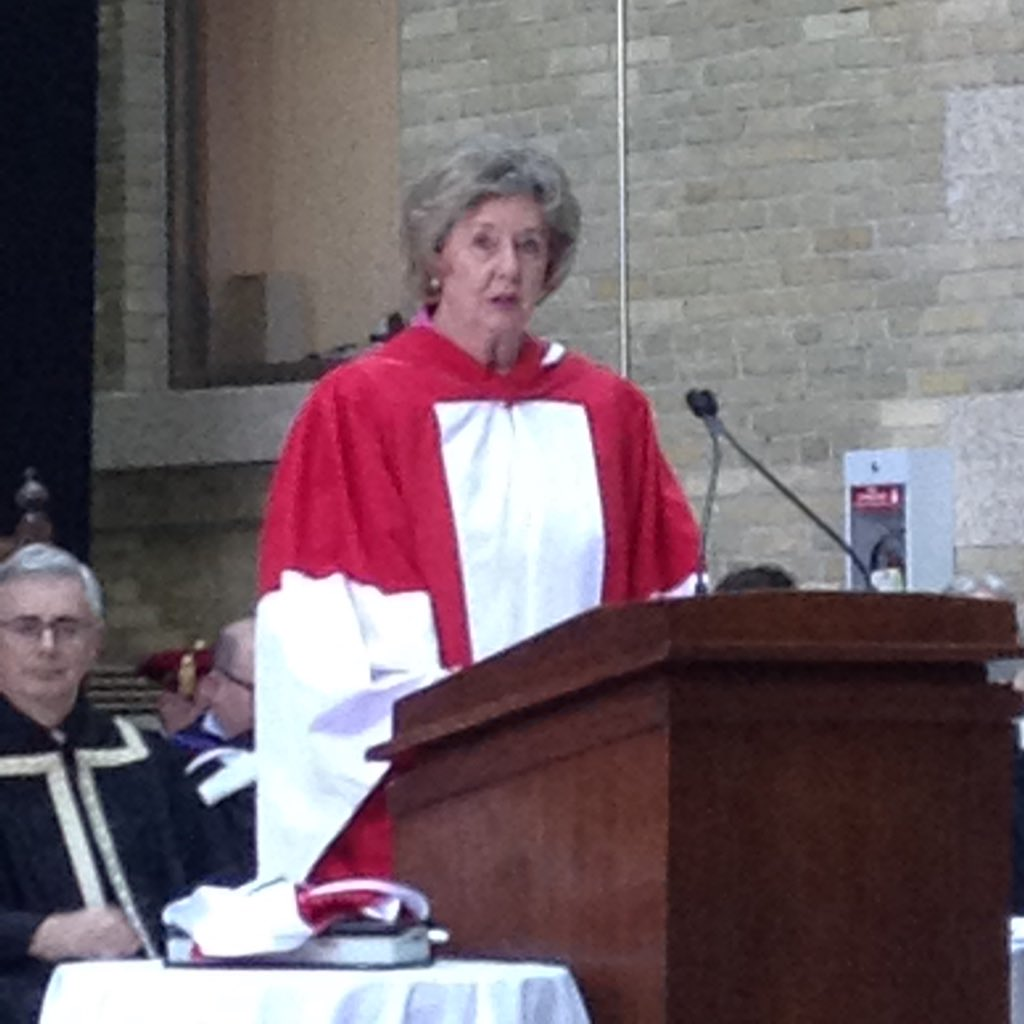 """Her Honour Janice Filmon:""""Her Excellency has given a sympathetic ear & visible platform to those living with mental illness."""" #umanitoba2017 https://t.co/Cm8hUb71QL"""