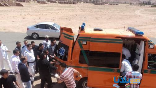 Three policemen and a paramedic were wounded by terrorist groups in El Arish