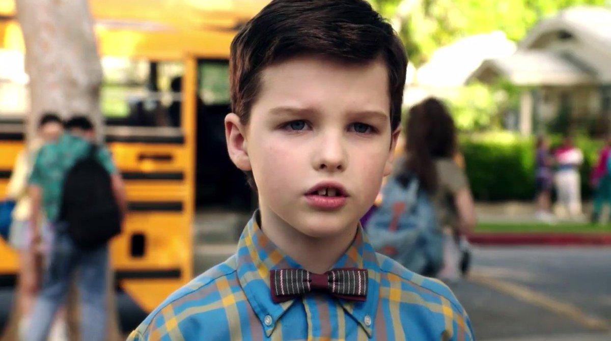 """AWWW! O jovem Sheldon está ainda mais fofo no trailer do spin-off de """"The Big Bang Theory"""" https://t.co/R5YhzGhoGb"""