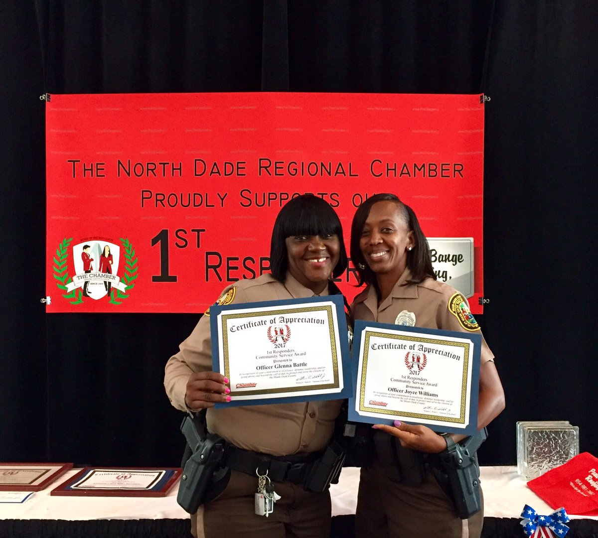 Miami dade police on twitter officers joyce williams glenna miami dade police on twitter officers joyce williams glenna battle were honored by the north dade regional chamber of commerce for their contributions 1betcityfo Image collections