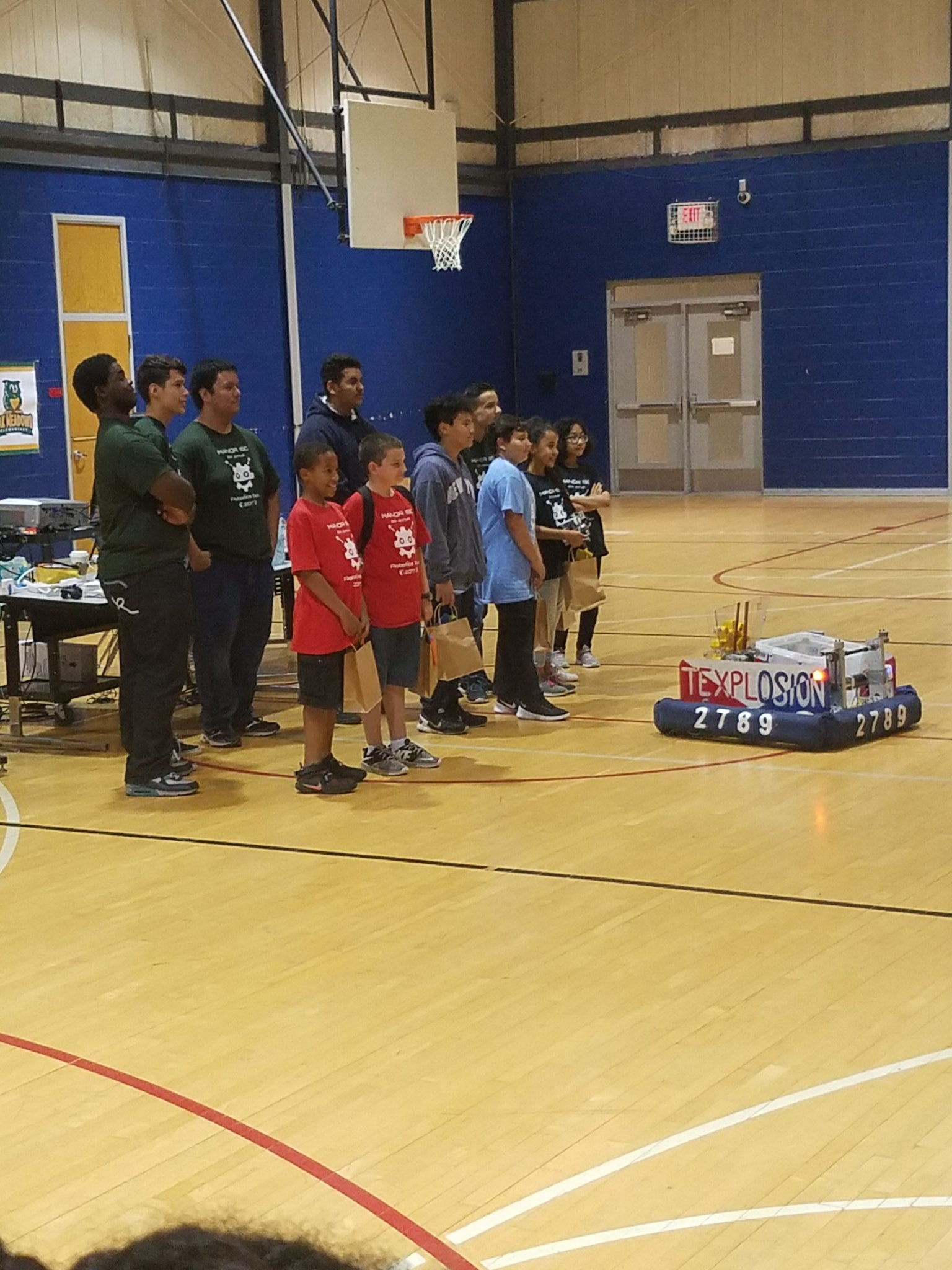 Got a team place 2nd at the #manorisd Robotics Expo! Go team #mes #manorelementary #iteachmanor https://t.co/zfWlb6WKFy