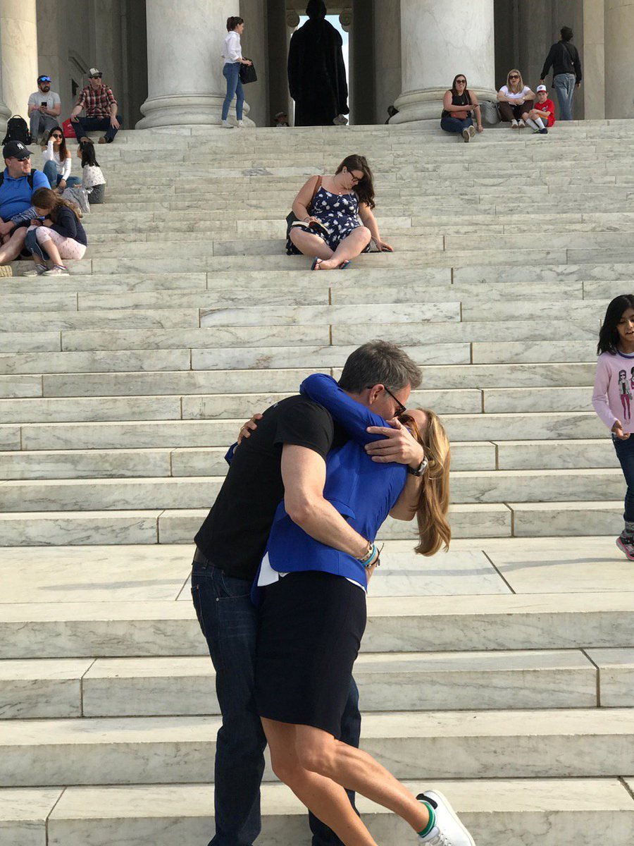 Madam Sexytary got turned on by the Jefferson Memorial and got a little handsy. #MadamSecretary https://t.co/pfX88vDchs