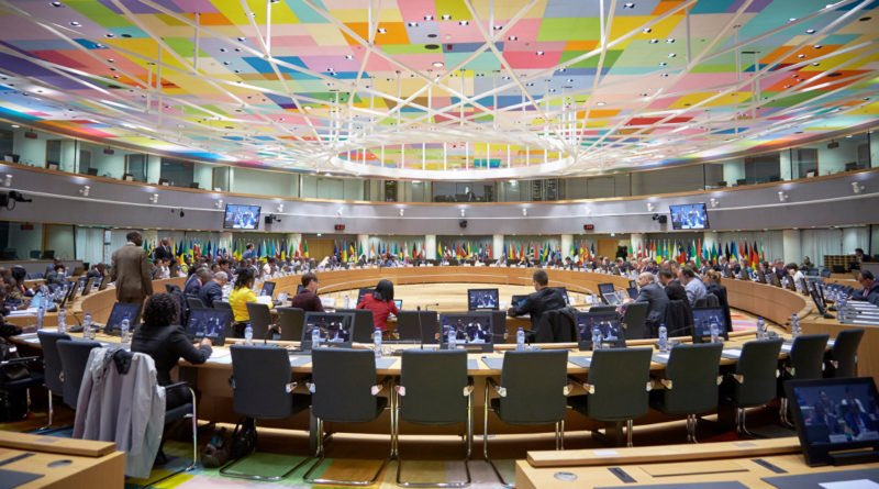 Retour sur les #négociations sur le #Brexit : les 27 font front commun  http://www. eurosorbonne.eu/?p=3131  &nbsp;   par @ElenaBlum<br>http://pic.twitter.com/lhnSJ2tTup