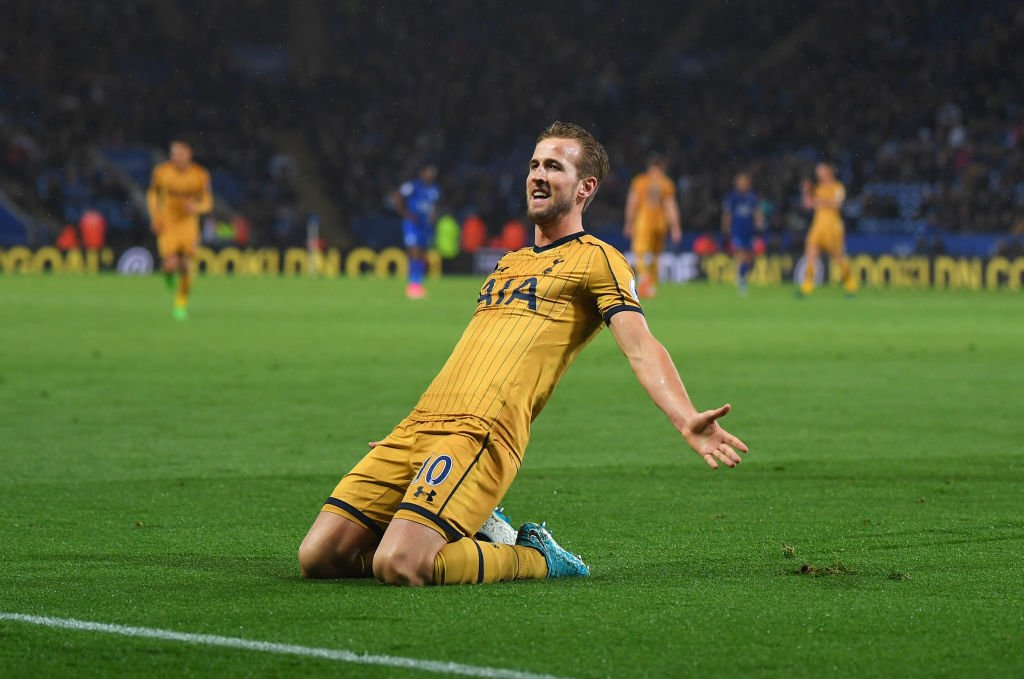 Harry Kane game by numbers vs Leicester:  10 shots 5 take-ons 4 goals 3 aerial duels won 2 chances created 1 assist  You're a wizard, Harry! https://t.co/WvE0dq662v
