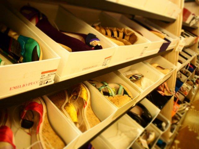 【TSR速報】 シューズ オットー ~「もうあかん やめます!」の店頭垂れ幕で、閉店セールを20年以上実施~ https://t.co/Gq9uAMJgVl #閉店セール #大阪 #靴 #小売 #破産 #倒産 #東京商工リサーチ