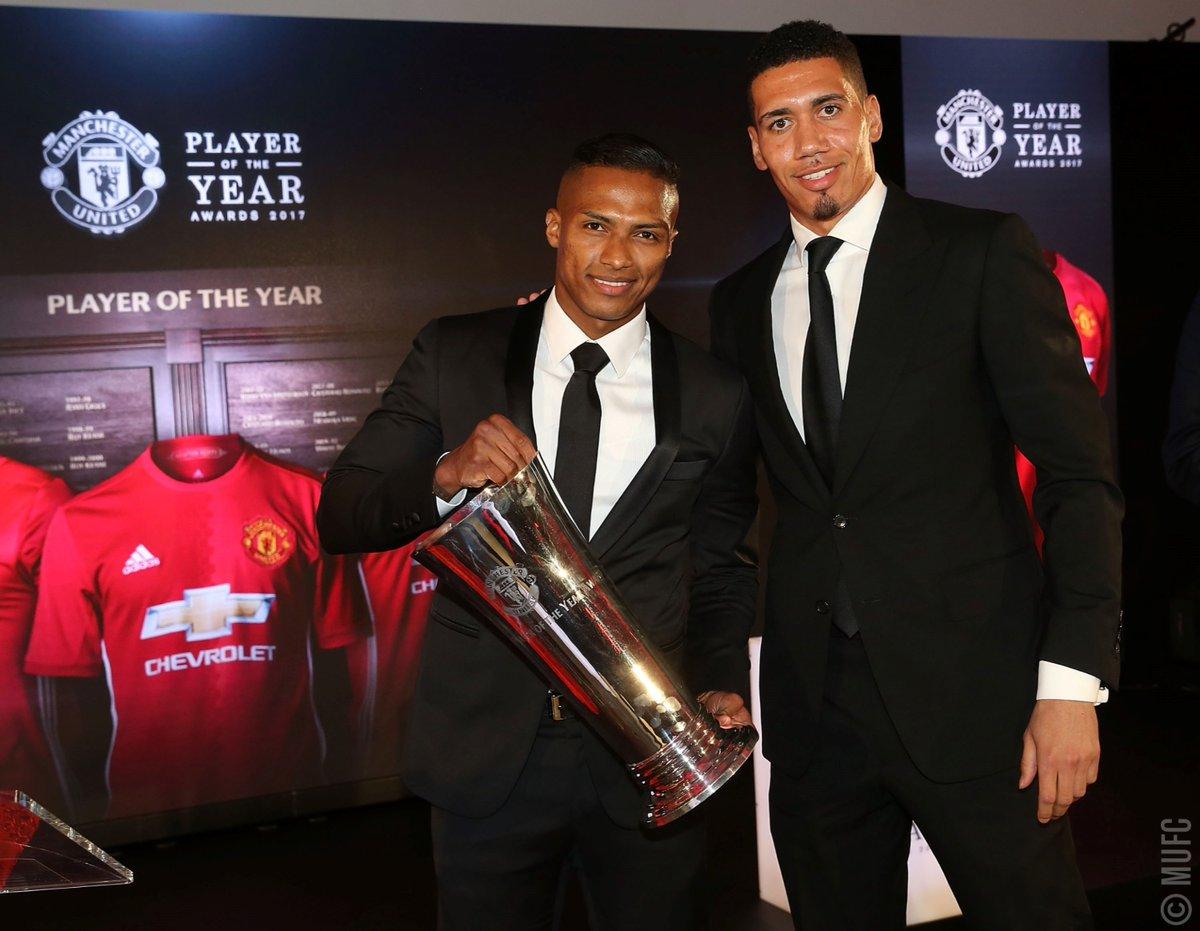 .@Anto_V25 أفضل لاعب في العام وفق اختيارات اللاعبين. #يونايتد 👏 #MUFCPOTY