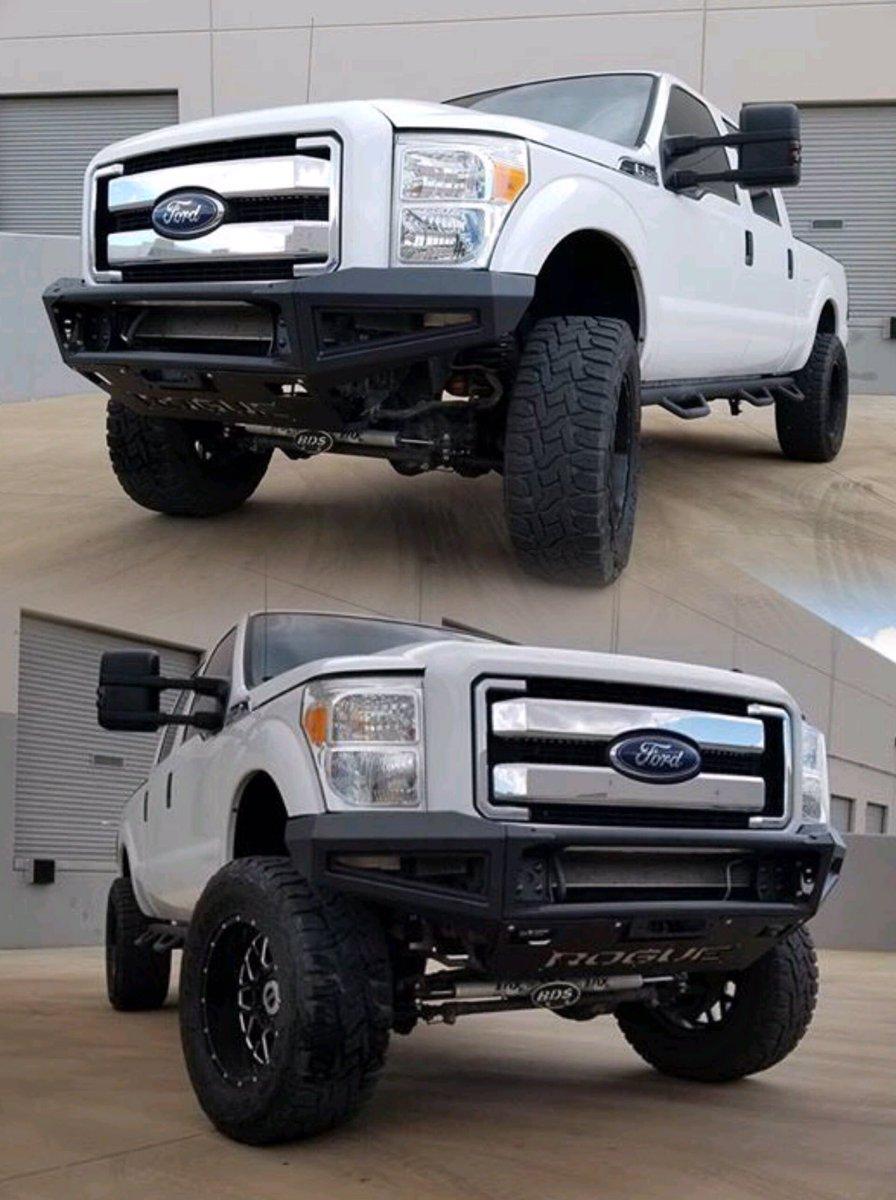 SuperDuty 3rd Gen Enforcer ・・・ @RogueRacingUSA  #Ford #FordTruck #Diesel #F350 #Powerstroke #SuperDuty #4x4 #OffRoad #TorqArmy<br>http://pic.twitter.com/7yz8olr5tS