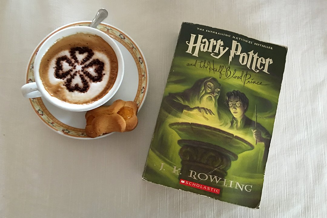 Every time I travel, I take a #HarryPotter book with me to read again.   #halfbloodprince