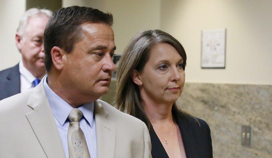 Betty Jo Shelby Found Not Guilty Of Murdering Unarmed Black Motorist Terence Crutcher  http:// rsstw.it/028g9  &nbsp;   #Crim <br>http://pic.twitter.com/1ZeQ49jZWC