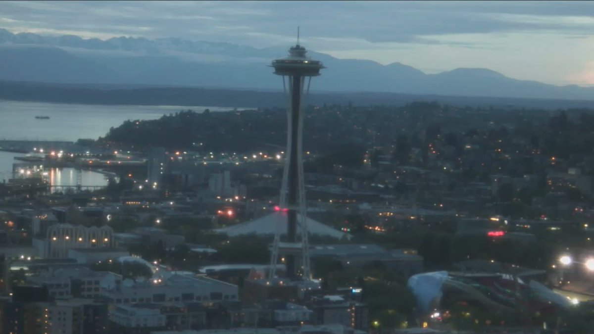 The @space_needle is dark tonight in honor of @chriscornell