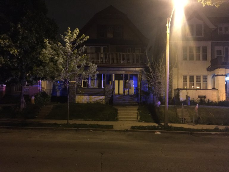 Milwaukee: Man was shot near 39th and Wright. He was transported to Froedtert Hospital