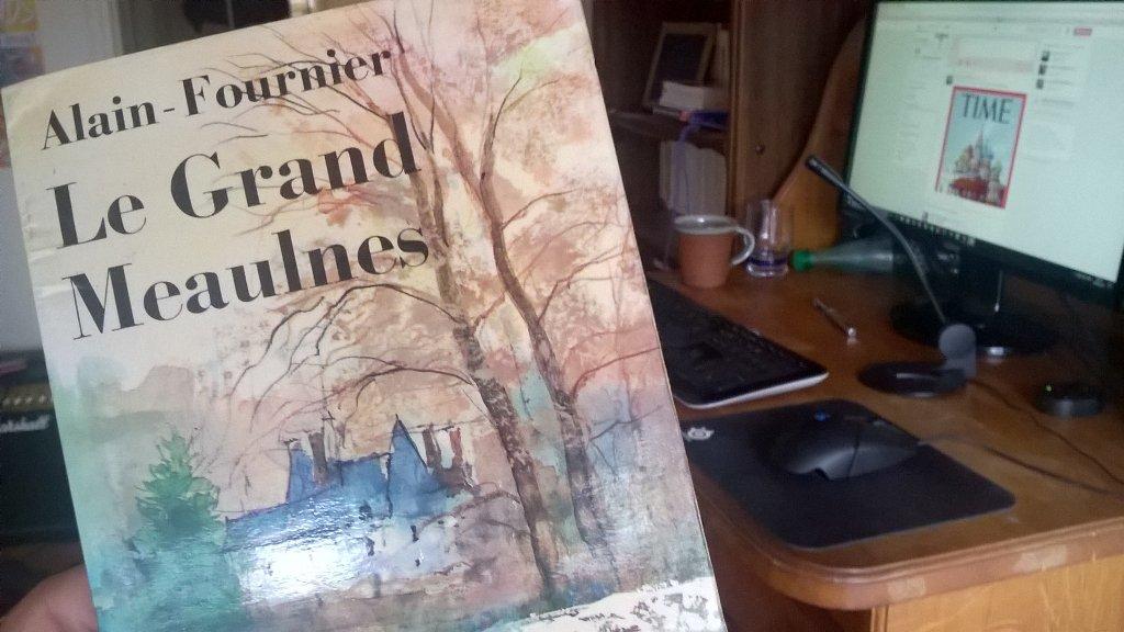 #VendrediLecture Le Grand Meaulnes (Alain Fournier). Un des livres les plus beaux que j'ai pu lire de toute ma vie. pic.twitter.com/045RQ3RuGW