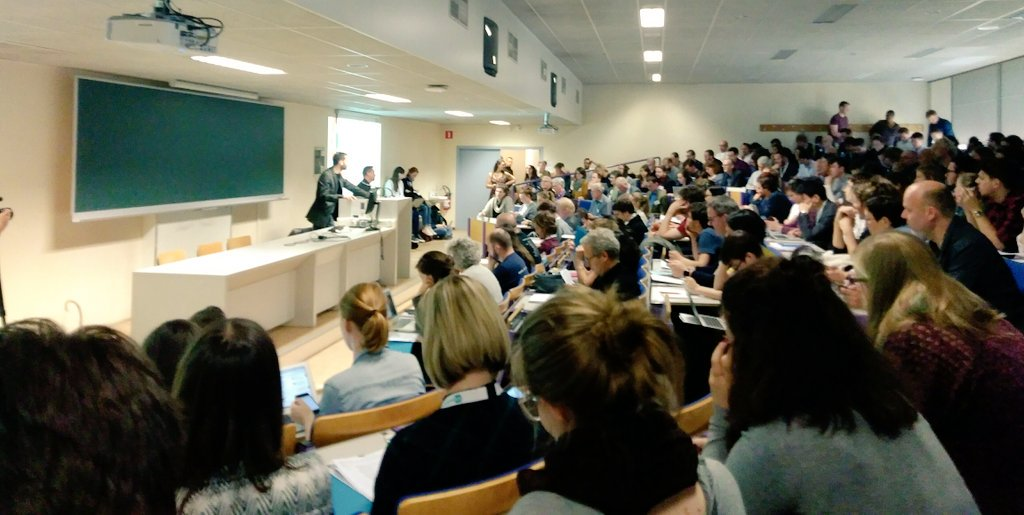 Edouard Perrin tells a packed room at #EIJC17 the methods he used with #whistleblowers to expose #LuxLeaks. #WhistleEU https://t.co/tYxrRACdPY