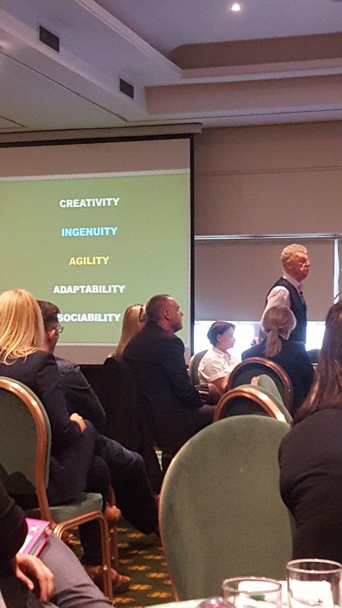 Really inspiring talk by Sir John Jones @GCCSecLearning #GCCLTSec @drumchapelhigh @maureen0207 #proudtoteach<br>http://pic.twitter.com/IEnhsdpyRT