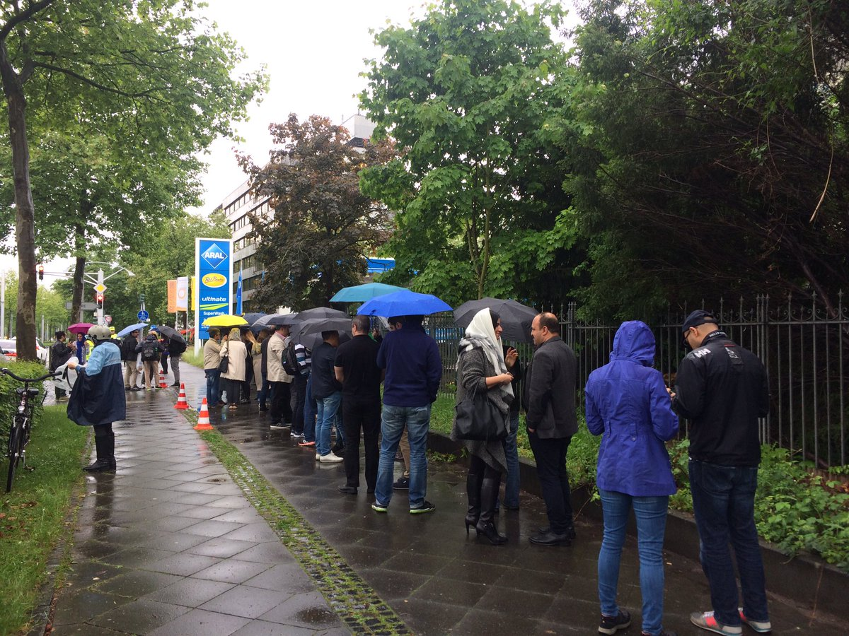 Iranians voting in old embassy in Bonn, Germany