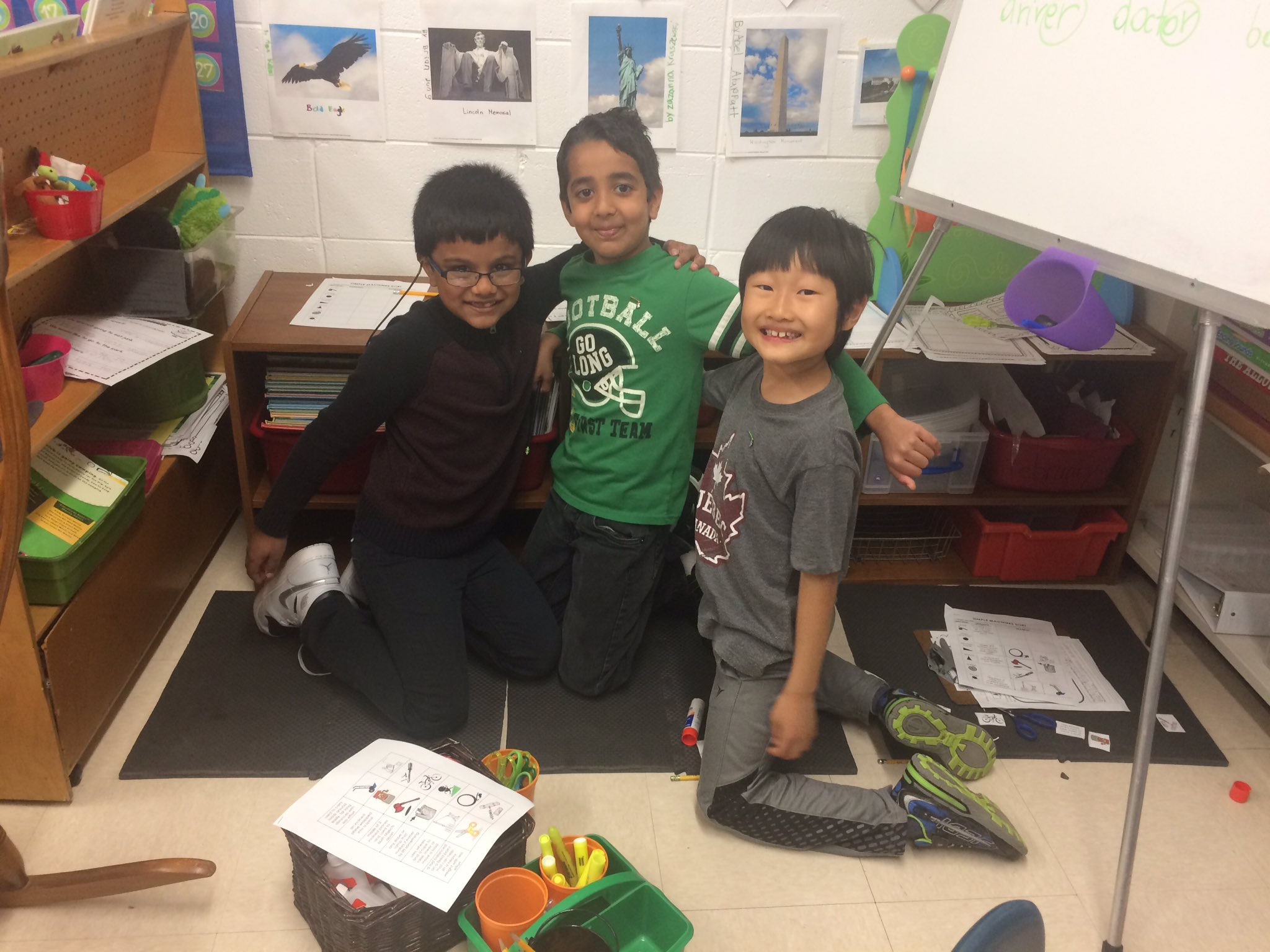 #iginspires #rtsd26learns Centers on Friday - a great review of skills learned throughout the week! https://t.co/wySEfIy15r