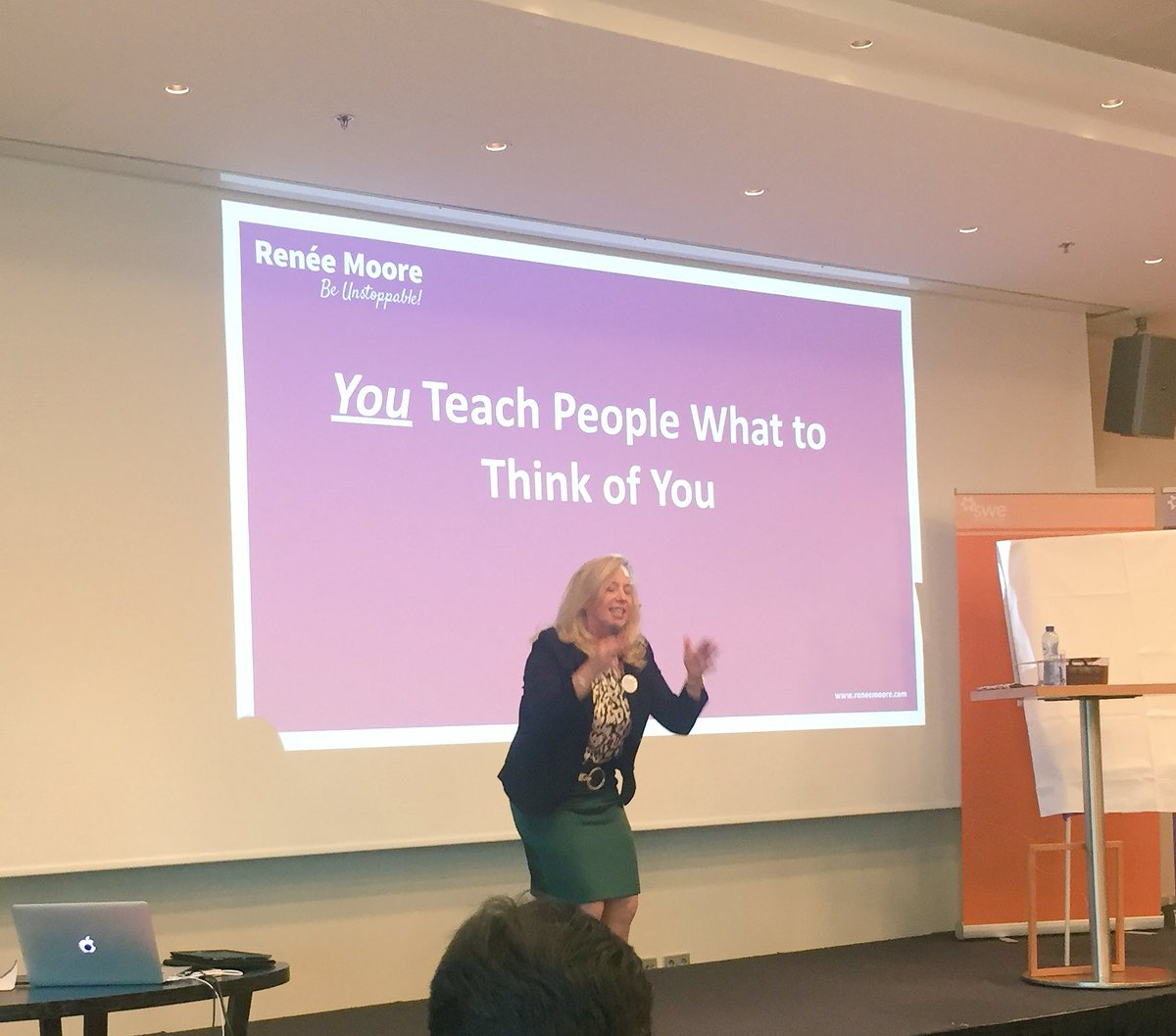 #Preach! YOU teach people what to think about you. @ReneeMooreBiz #WEAmsterdam <br>http://pic.twitter.com/iDdYCpxkc3