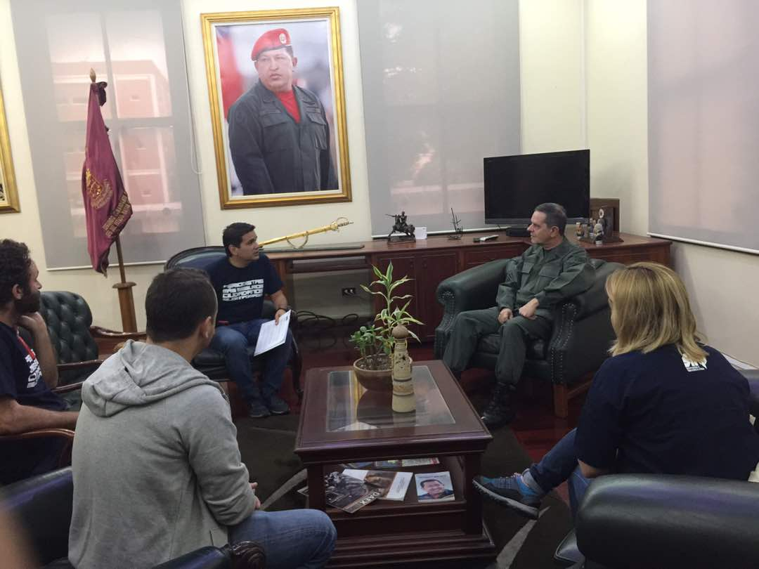 Deputy Commander of the National Guard receives journalists, those who demand respect for the work of media during protests