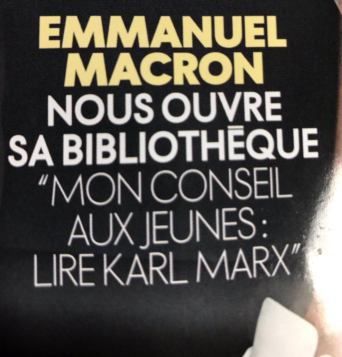 Dans @ELLEfrance, @EmmanuelMacron recommande de lire 'Le Capital' de Karl Marx et 'Révolution' de lui-même.