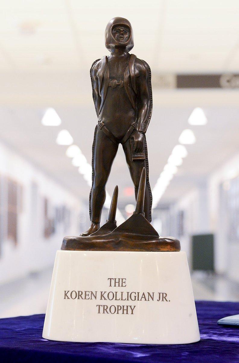 C-130 #pilot receives 60th Koren Kolligian Jr. Trophy  https://t.co/Rh...