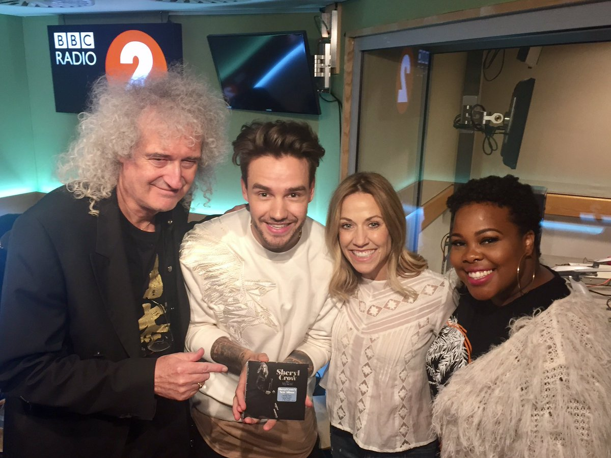 The gang on @achrisevans Breakfast Show. @DrBrianMay, @LiamPayne, and @MsAmberPRiley!