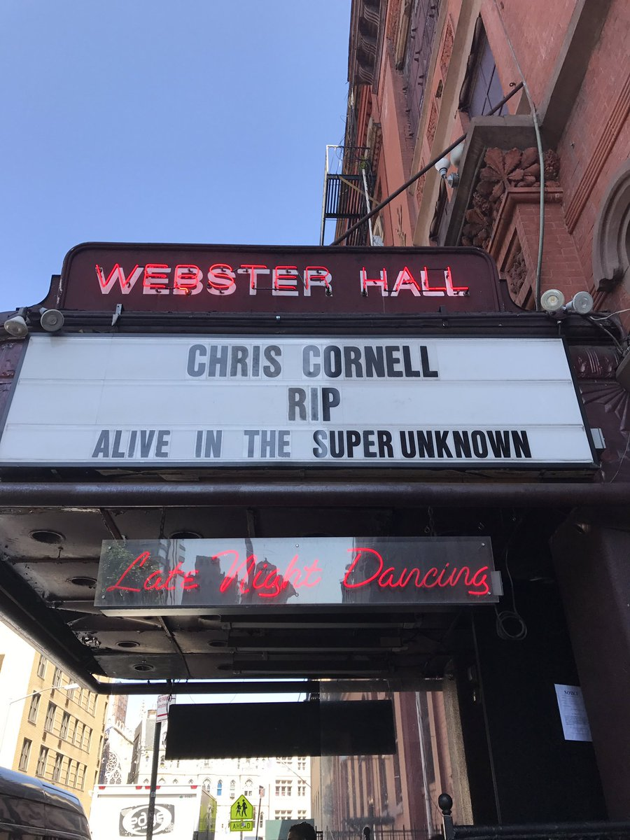 Just walked by Webster Hall and saw they put up this nice message... https://t.co/49PF4GM0T1