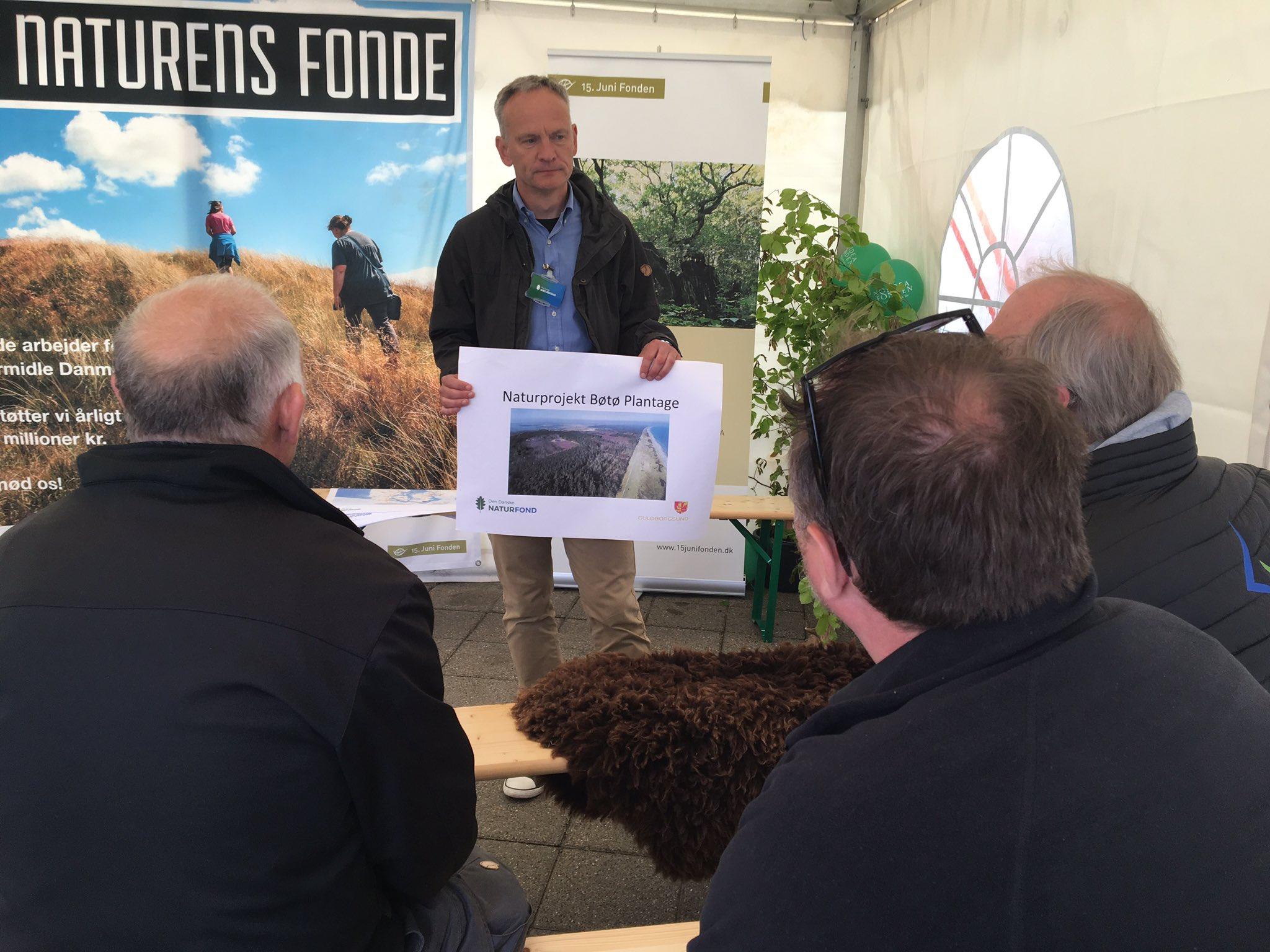 Vi gør Danmark til et bedre sted at være dyr eller plante! Mads fortæller om naturgenopretning hos #NATURENSFONDE på #naturmødet https://t.co/iyiXjVGi6r