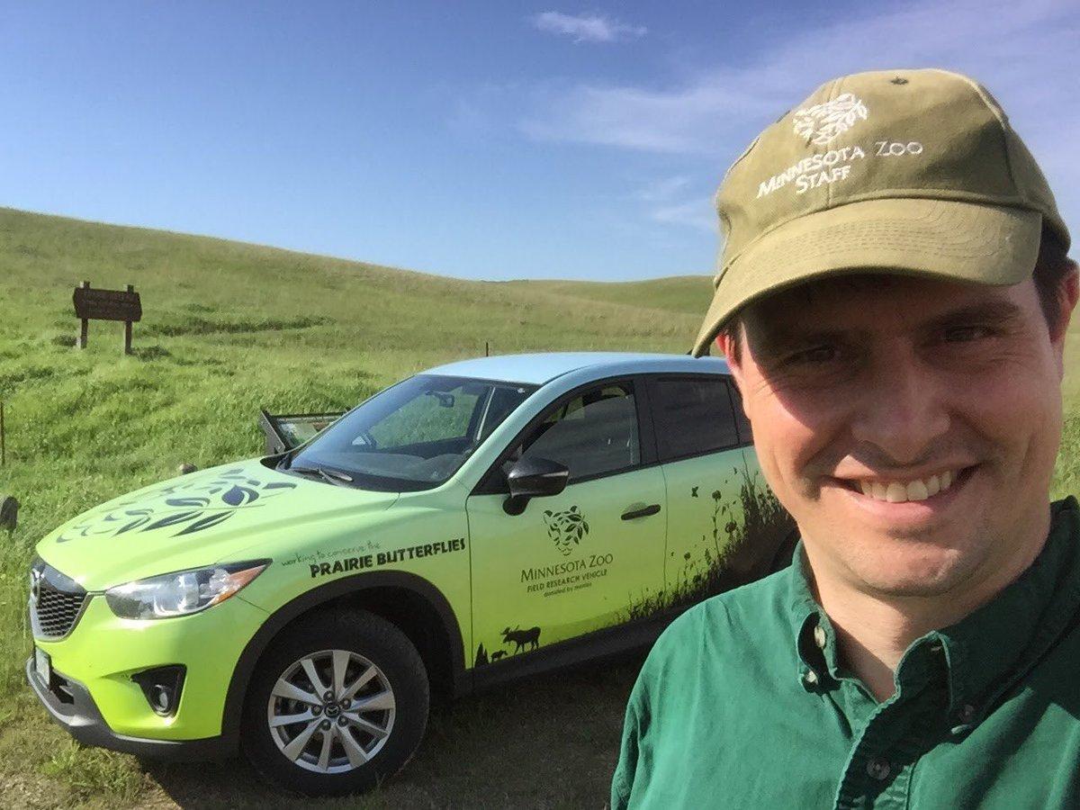 Hi @BillNye, I&#39;m a Lepidopterist and conservation ecologist. I work to save endangered #prairie butterflies. #BillMeetScienceTwitter <br>http://pic.twitter.com/RoCjd2I8Us