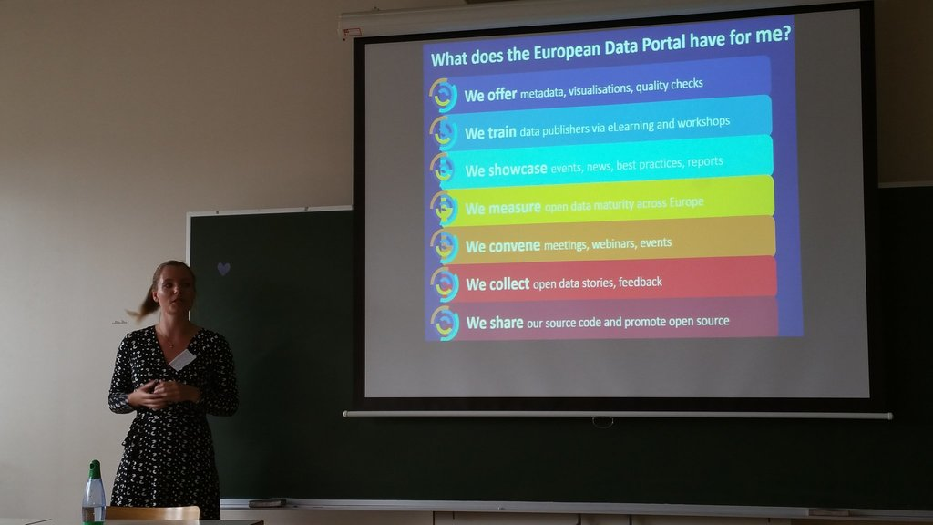 EU_DataPortal : RT EU_opendata: What does the European Data Portal have for me? Answers #EIJC17 journalismfund EU_… https://t.co/UEDxrxYiA6) https://t.co/ZCNvbYbgvg