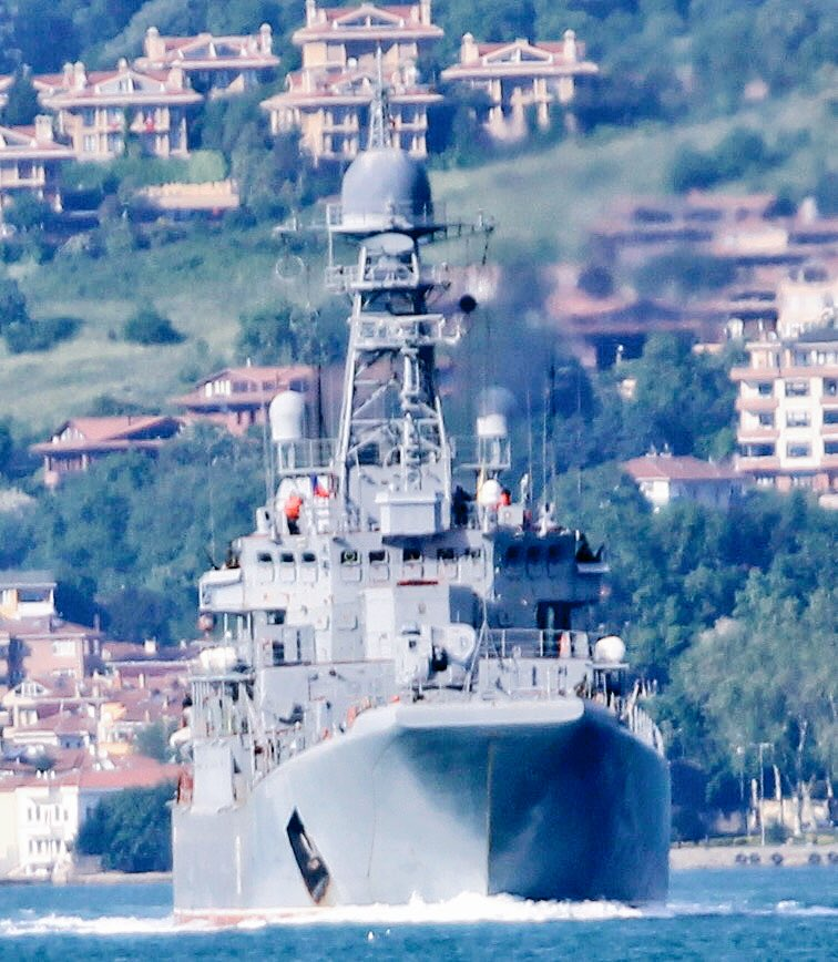 Russian Navy Ropucha class LSTM Azov transits Bosphorus en route to Tartus to rejoin Russia's Syria campaign after 277 days