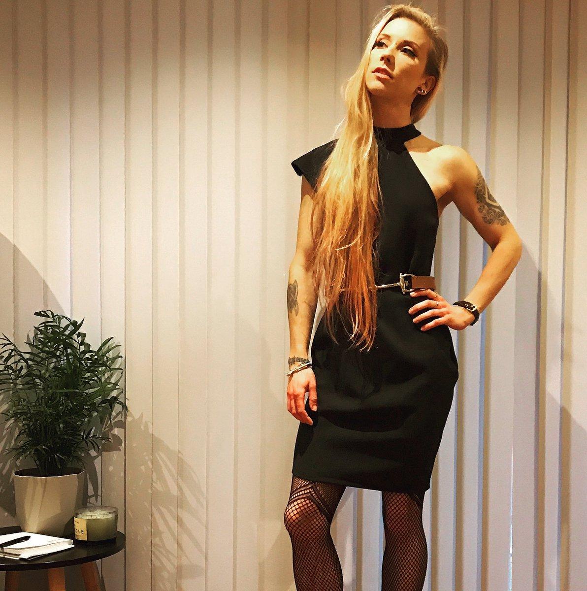 julia hardy