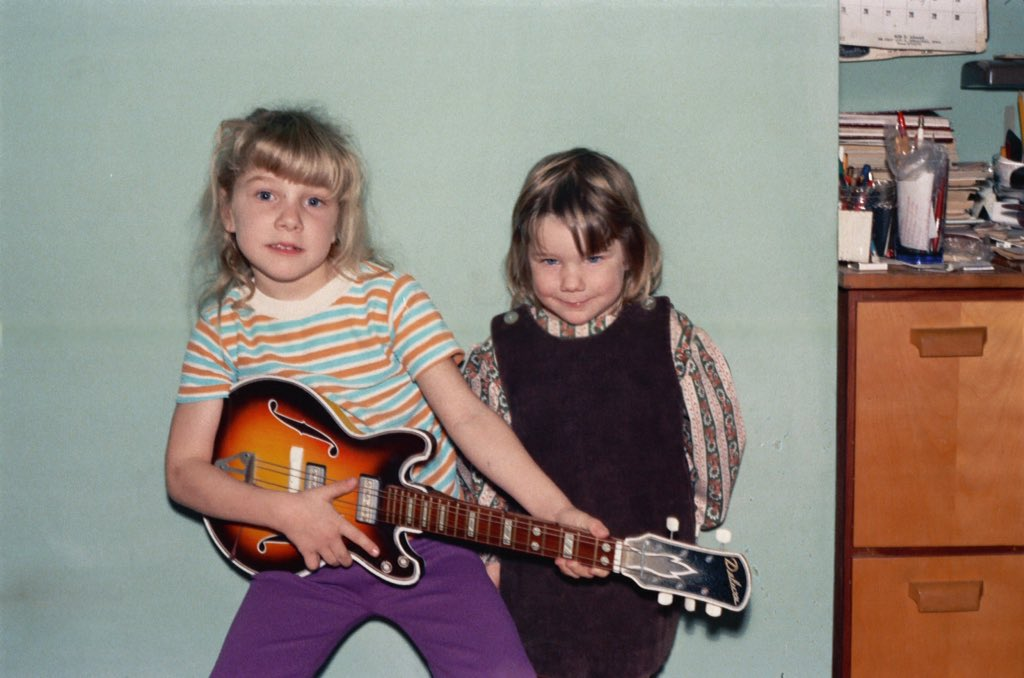 #IfICouldDoOneThingOver I would have kept up with my rockstar dreams... <br>http://pic.twitter.com/UTDkMbaAzb