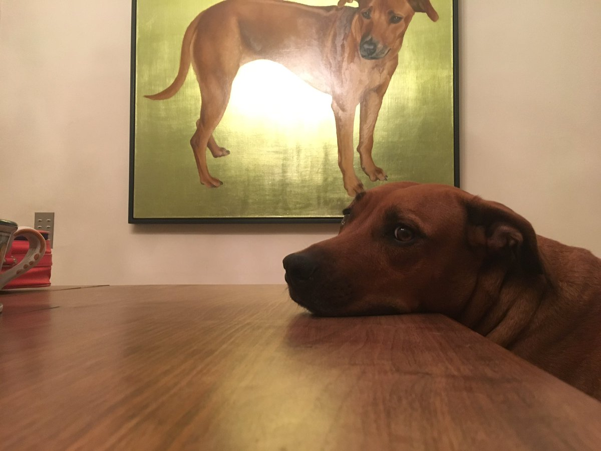 My attention starved dog pouting in front of a painting of herself https://t.co/yGAp5BbF9v