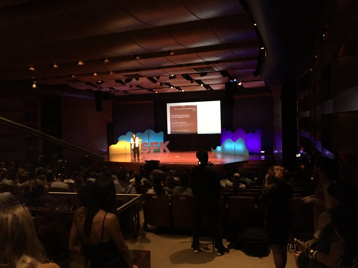 @mrbobbyjones talking at #PSFK2017 about the crisis of meaningfulness in marketing <br>http://pic.twitter.com/EiljpVZo7e &ndash; à Museum of Jewish Heritage