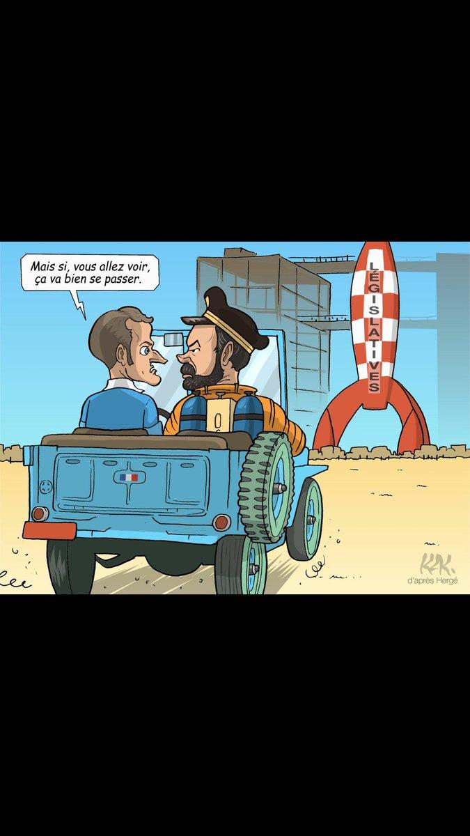Objectif Lune par @MonsieurKak #Macron #Philippe #Tintin #Haddock<br>http://pic.twitter.com/WlBFkh11eR