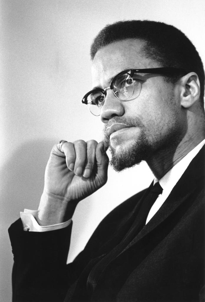 One of the most influential African-Americans in history, civil rights leader Malcolm X, was born on this day, 1925. https://t.co/Wt3Stdo6n7 https://t.co/fcXetcmdHO