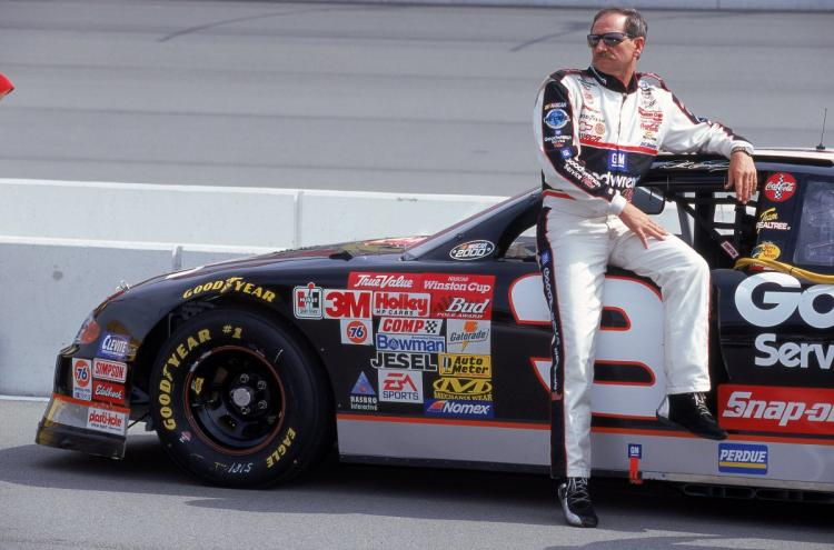 Happy #NASCARDay to all of our #NASCAR fans out there!!! #FlashbackFriday #DaleEarnhardtSr #Racing #RACEDAY #driving #FastFriday <br>http://pic.twitter.com/IPHyqGasNi