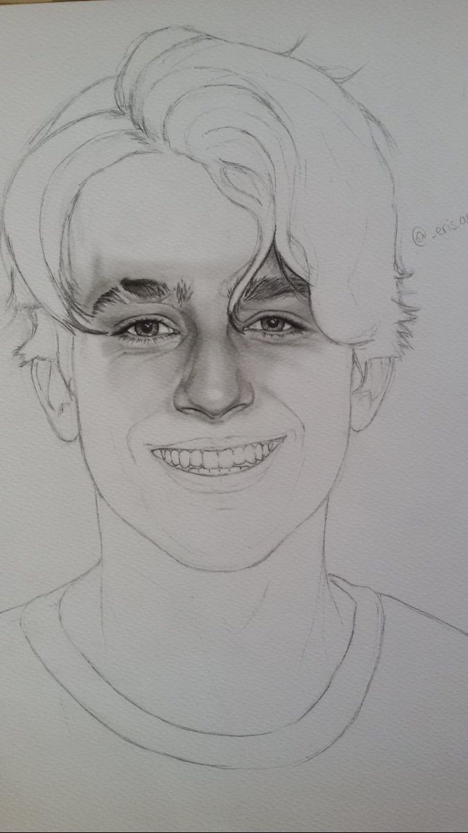 The whole process #charlieputh #drawing<br>http://pic.twitter.com/GNgJyxPT5d