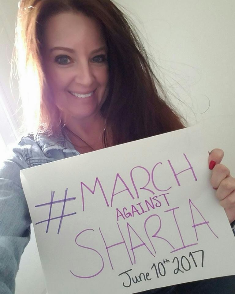 It would be a huge help if you send me some selfies of you holding up a sign that says   #MarchAgainstSharia June 10, 2017  #FridayFeeling <br>http://pic.twitter.com/hZFwv2p1IK