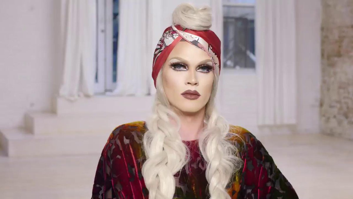 .@pearliaison from Drag Race shares her 6 easy makeup tricks