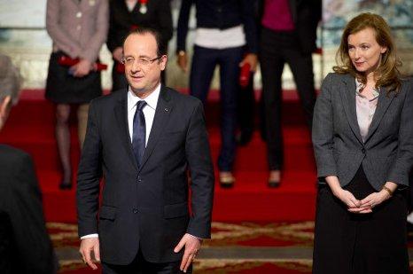 Valérie Trierweiler et François Hollande se voient toujours en cachette >> https://t.co/Zt12r0KByU