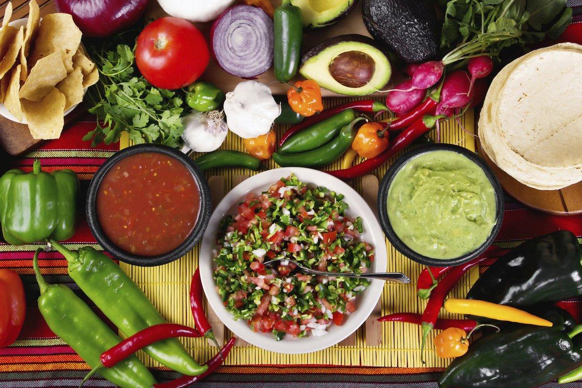 #EsDeMexicanos amar la comida picosa y disfrutar de las deliciosas sal...
